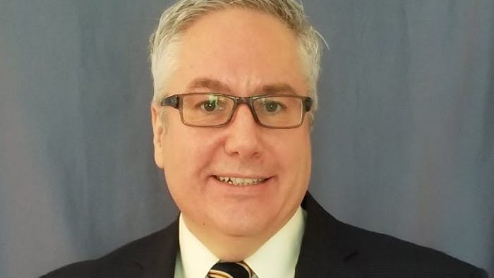 真人百家游戏平台首席执行官兼总裁德里克·霍基