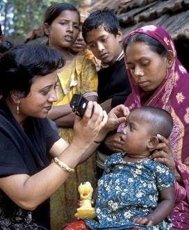 1006 Bangladesh Khulna Outreach 2007 C Matt Shonfield Afioza Yazim