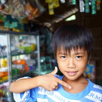 Dai, 9, from Vietnam had cataracts in both eyes