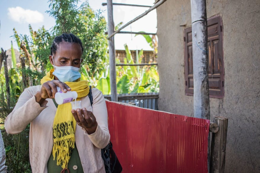 Bekelech, a Health Extension Worker in Ethiopia, helps treat 7.5 million people in just a few weeks to prevent trachoma's spread.