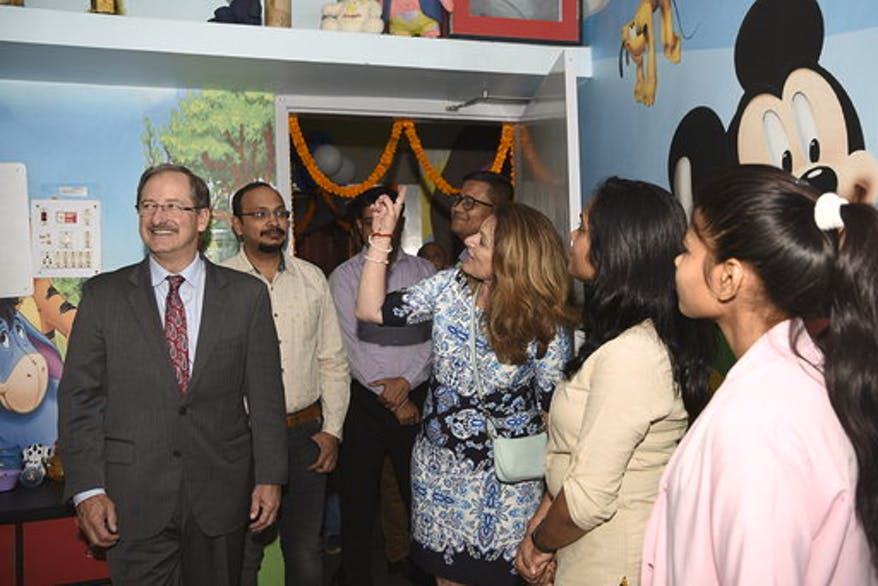 Orbis CEO Bob Ranck and his wife Sue are given a tour of the new Children's Eye Center in Bihar