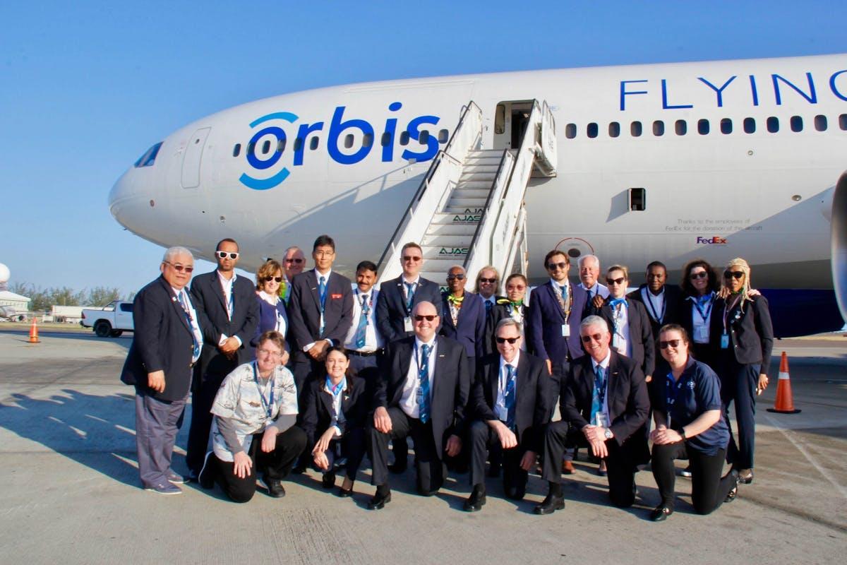 Flying Eye Hospital Crew Arrive in Jamaica