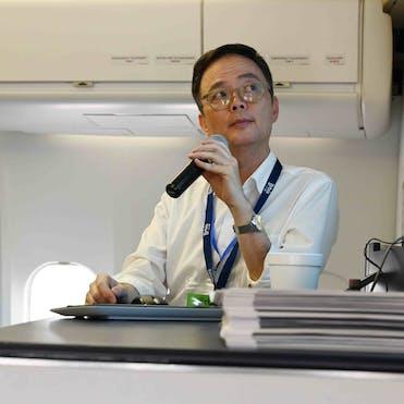 Orbis Flying Eye Hospital Volunteer Faculty Dr. Wai Ching Lam lecturing in Vietnam